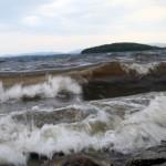 Штормит как на море (озеро Аргази)