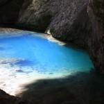 Капова пещера, озеро у входа