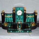 малахитовые часы