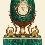 малахитовое яйцо-часы