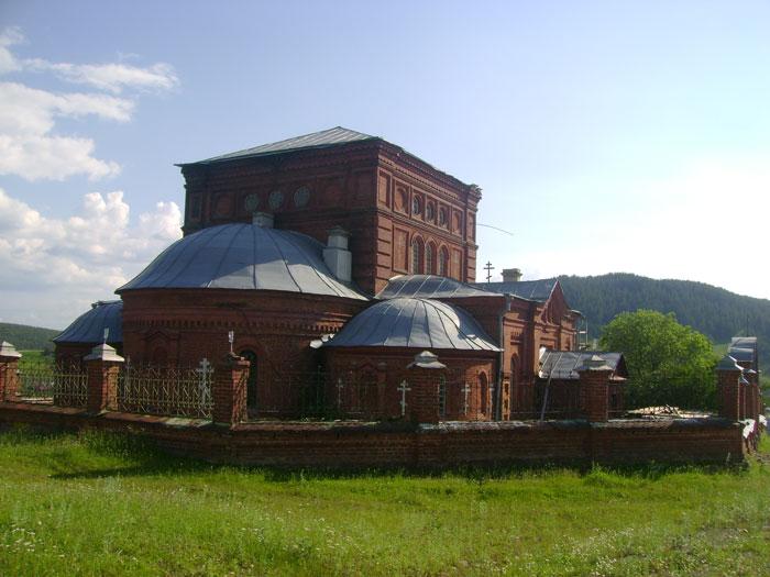 Кага. Никольская церковь