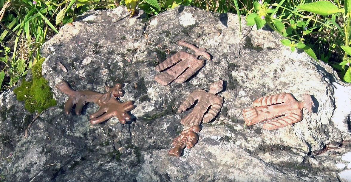 azov-figurki