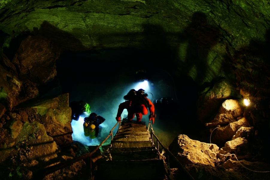 Вход в Ординскую пещеру