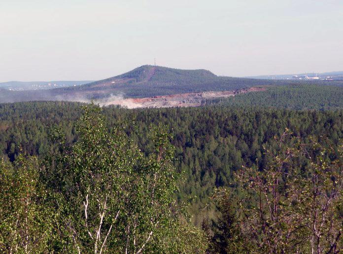 Вид с горы Ельчевошная