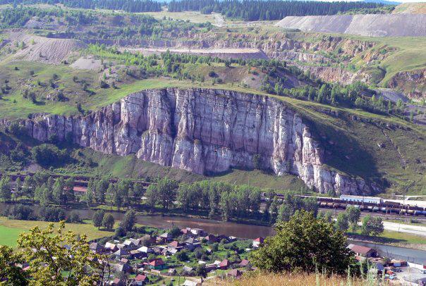 скала в Миньяре