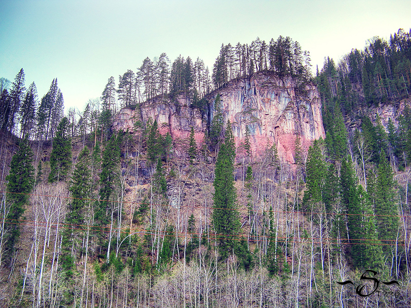 Инзер розовые скалы