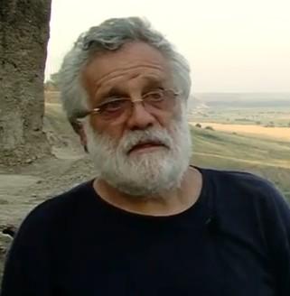 Борис Раев - археолог