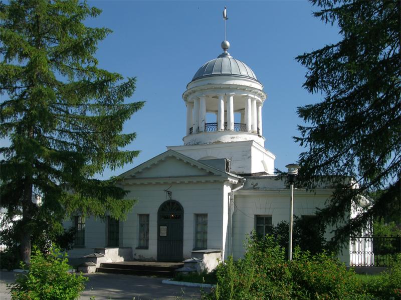 Контора Каменского завода, теперь краеведческий музей