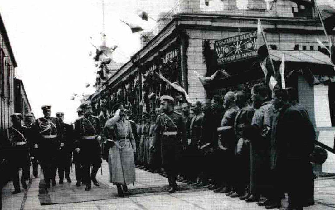 Николай II в Златоусте 1904