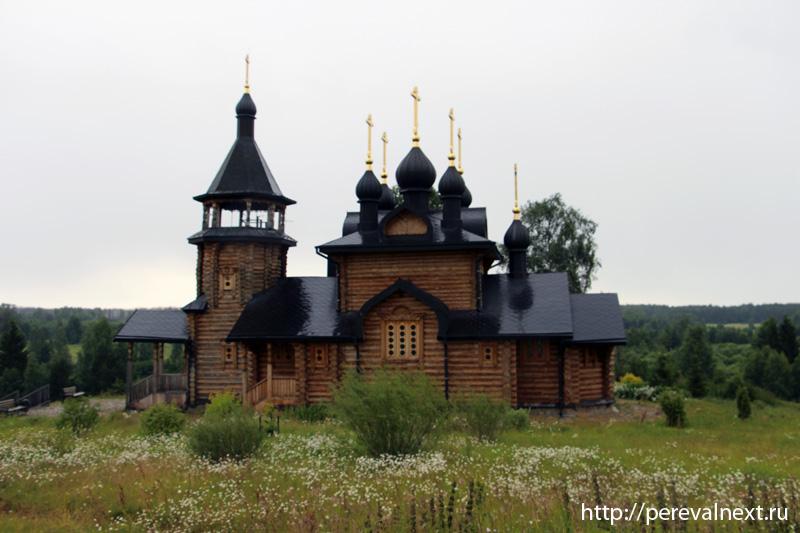 Деревянная церквушечка